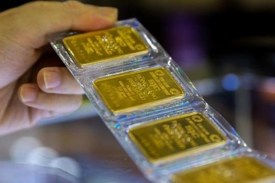 Giá vàng tiếp tục tăng vọt, thị trường chờ cơ hội để bứt tốc
