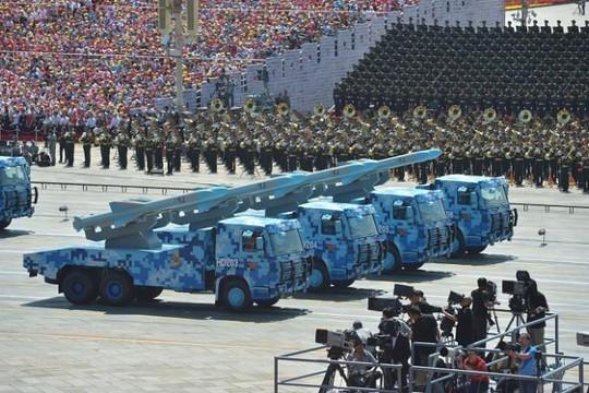 Mỹ phải bỏ Hiệp ước tên lửa INF với Nga là để rộng tay đối phó Trung Quốc