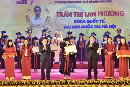 Hà Nội tuyên dương 88 thủ khoa sinh viên năm 2020