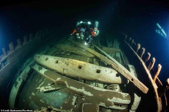 Phát hiện xác tàu 400 tuổi gần như nguyên vẹn dưới đáy biển Baltic