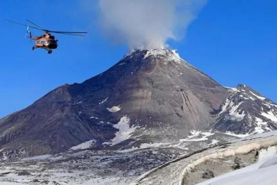 Lần đầu tiên các nhà khoa học quan sát được núi lửa 'tái sinh'