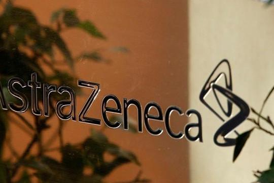 Có đáng lo khi dừng thử nghiệm vắc xin Astra Zeneca?