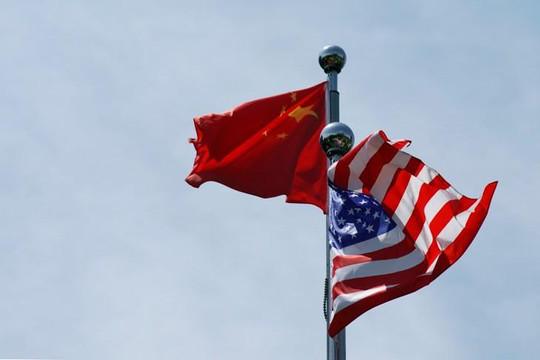 Mỹ tố Trung Quốc áp đặt hạn chế ngoại giao, Bắc Kinh nói Washington can thiệp 'quá xa'