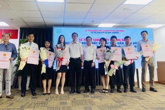 Việc TP.HCM tổ chức trao 1.000 sổ hồng: Không cần thiết, lãng phí ngân sách