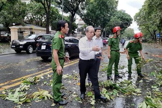 Hình ảnh bão số 5 càn quét qua tỉnh Thừa Thiên - Huế
