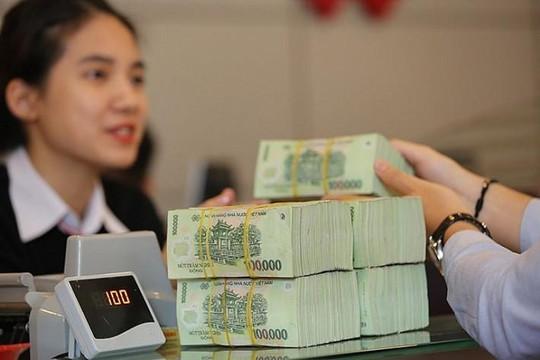 Nhu cầu tín dụng thấp, ngân hàng thừa tiền vẫn khó cho vay