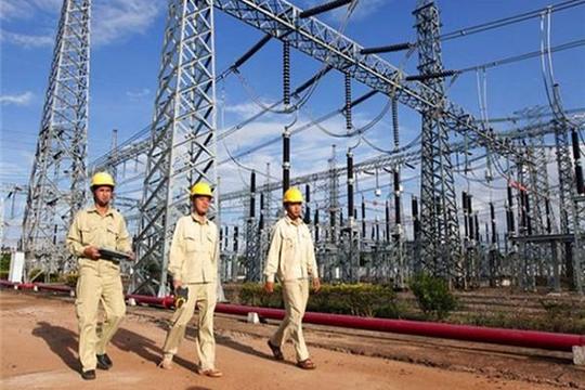 Quy hoạch điện VIII: Cần đầu tư 13 tỉ USD/năm nhưng vẫn phải mua điện từ Lào...
