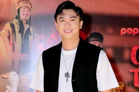 Ca sĩ Hồ Việt Trung nhập viện mổ dây thanh quản, hủy toàn bộ show tháng 10