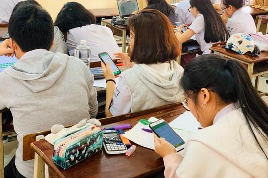 Sắp tới học sinh sẽ được thi giữa kỳ và thi cuối kỳ trên máy tính