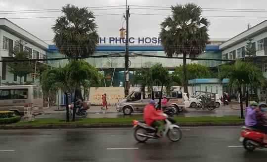 An Giang: Bệnh viện Hạnh Phúc từ chối tiếp phóng viên vì chưa có thẻ nhà báo