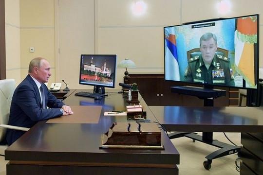Nga phóng tên lửa siêu thanh 'mừng' sinh nhật ông Putin