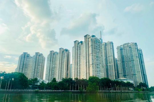 Giá nhà đất ở Việt Nam quá cao, chuyên gia nêu giải pháp giảm giá về tầm tay người dân
