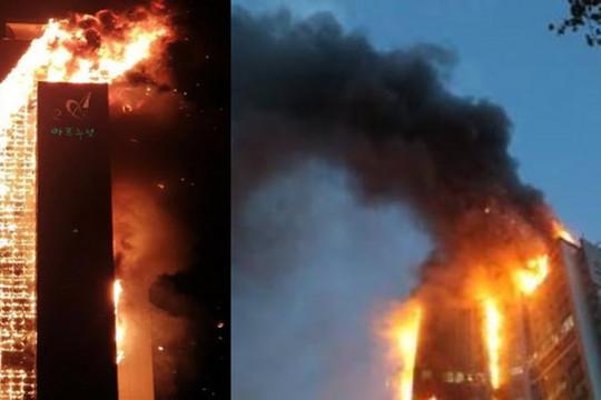 Vụ cháy tòa nhà 33 tầng suốt đêm: 88 người nhập viện, lửa bùng phát lại lúc sáng