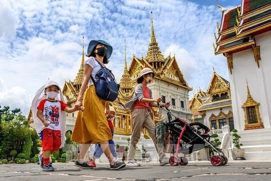 Thái Lan đàm phán với Trung Quốc, Nga để có vắc xin COVID-19 tiêm miễn phí cho toàn dân