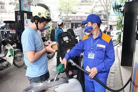 Giá xăng tăng nhẹ từ 15 giờ chiều 12.10