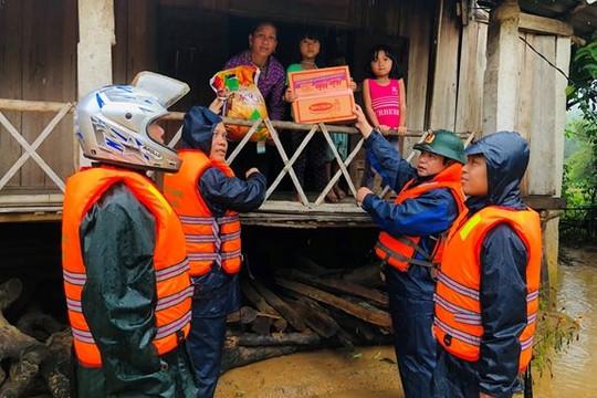 Thủ tướng quyết định xuất cấp 4.000 tấn gạo hỗ trợ nhân dân vùng lũ miền Trung