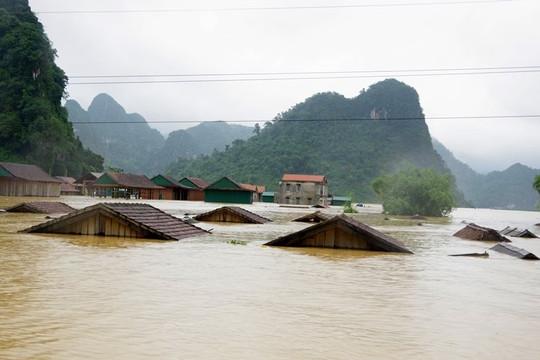 Tin lũ khẩn cấp trên các sông khu vực Quảng Bình - Thừa Thiên Huế