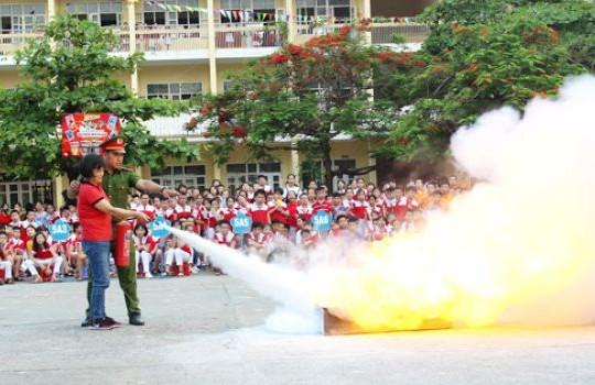 Lồng ghép kiến thức và kỹ năng phòng, chữa cháy cho học sinh mầm non