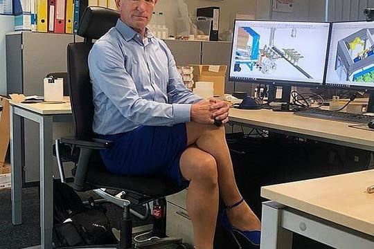 Kỹ sư chuyên về robot định nghĩa thời trang 'phi giới tính'