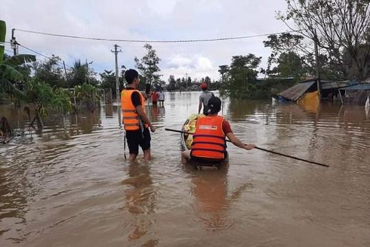 Khẩn cấp chuẩn bị hàng dự trữ quốc gia ứng phó bão số 8