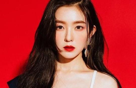 Thành viên nhóm Red Velvet bị tẩy chay vì phát ngôn lăng mạ BTV thời trang
