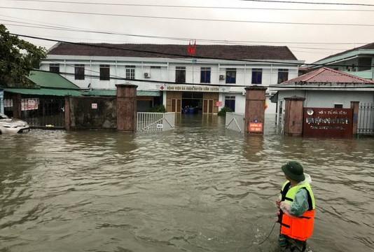 Bộ Y tế yêu cầu các bệnh viện đảm bảo vệ sinh môi trường mùa bão lũ