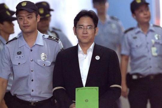 Người thừa kế Samsung với nhiệm vụ phát dương quang đại dịch vụ, phần mềm nếu thoát án tù
