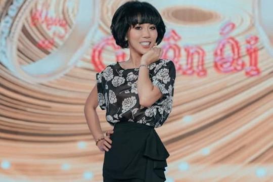 Từ drama Trác Thuý Miêu ném thiệp bỏ về đến chuyện ứng xử của sao Việt