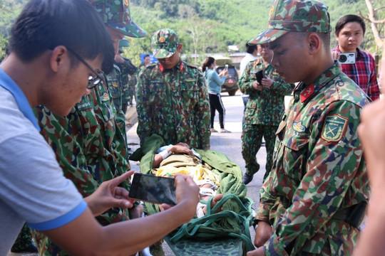 Tìm thấy người vẫn còn sống tại khu vực sạt lở xã Trà Leng