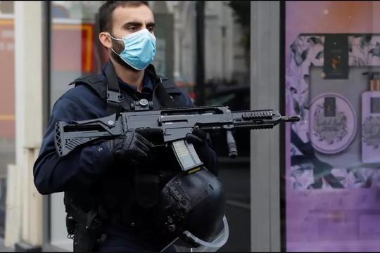 Cơ quan chống khủng bố của Pháp điều tra vụ tấn công bằng dao tại Nice