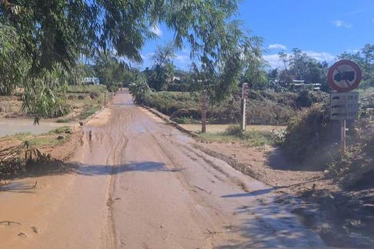 Theo chân đoàn cứu hộ: Đã tìm được 8 nạn nhân trong vụ sạt lở ở huyện Nam Trà My