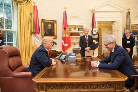 Các vấn đề về công nghệ và COVID-19 gây nhức nhối trong nhiệm kỳ của ông Trump