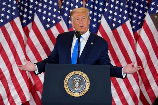 Trước Bộ trưởng Quốc phòng, ông Trump loại bỏ người đứng đầu báo cáo biến đổi khí hậu