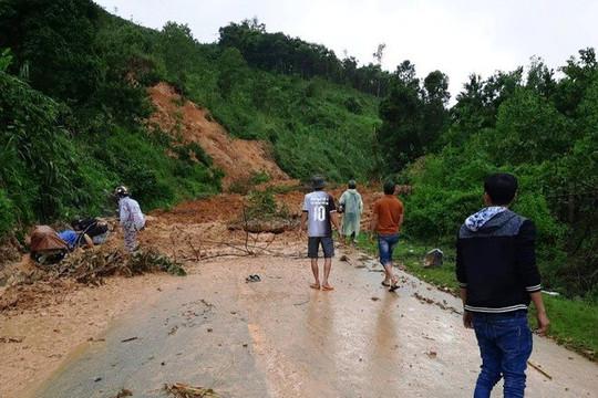 Quảng Nam: Sạt lở núi gần thủy điện Sông Tranh 2, 4 người bị vùi lấp