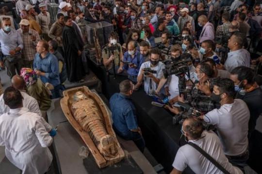Ai Cập tiếp tục phát hiện 100 quan tài cổ 2.500 năm tuổi