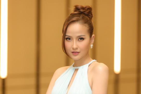 VIDEO: Hoa khôi Khánh Ngân chia sẻ về cuộc thi Miss Tourism Vietnam 2020