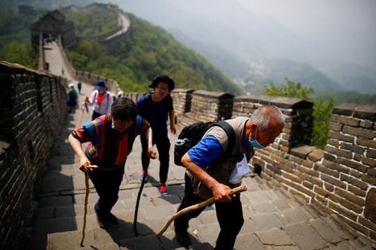 Dân Trung Quốc tức giận vì chính quyền tăng tuổi nghỉ hưu