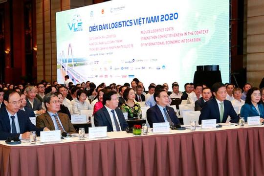 Phó thủ tướng Trịnh Đình Dũng: Cắt giảm ngay thủ tục không cần thiết