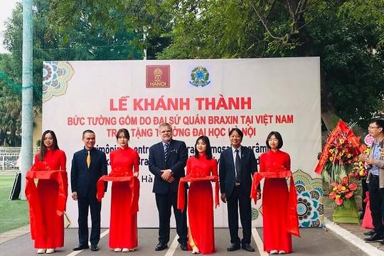 Khánh thành 'Bức tường gốm' tại Đại học Hà Nội