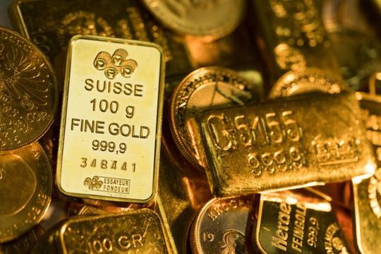 Nước Mỹ bất ổn, giá vàng tăng vọt chờ gói kích thích