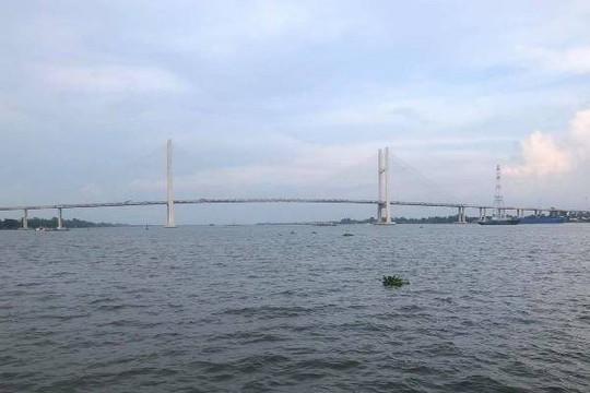 Đồng Tháp: Nam sinh lớp 11 mất tích, nghi vấn tự tử trên cầu Cao Lãnh