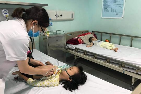 Miền Bắc trở lạnh đột ngột, hàng trăm trẻ nhập viện vì cúm mùa
