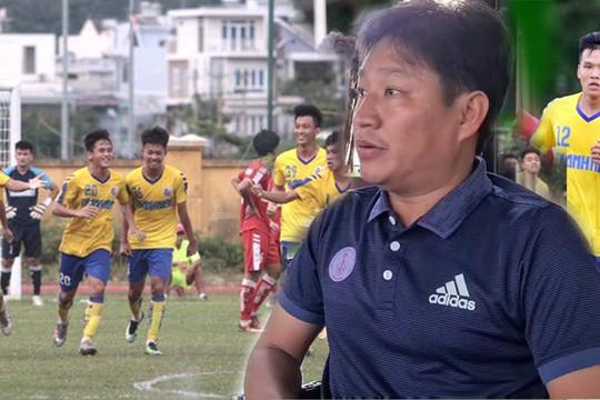 VIDEO: HLV Bùi Văn Đông chia sẻ bí quyết thành công của bóng đá trẻ Đồng Tháp
