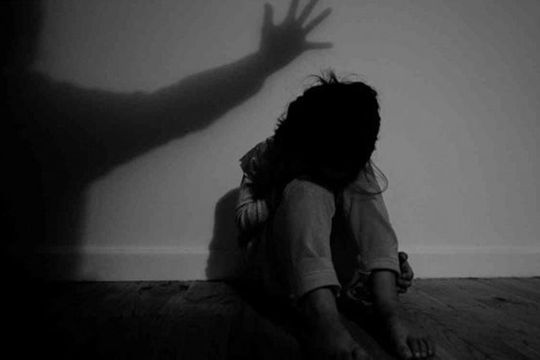 Cà Mau: Bé gái 11 tuổi khai bị nhiều thanh niên xâm hại