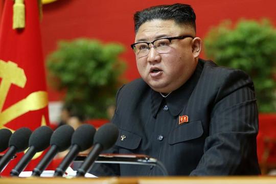 Ông Kim Jong-un nói kế hoạch kinh tế thất bại, khoe chiến tích chống COVID-19 và tên lửa đạn đạo xuyên lục địa