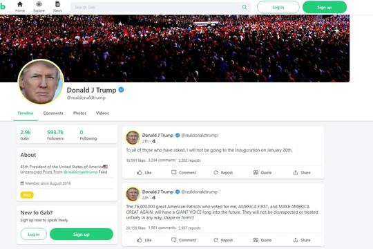 Bị Twitter và Facebook khoá tài khoản, ông Trump lên tiếng trên mạng xã hội ít tiếng tăm