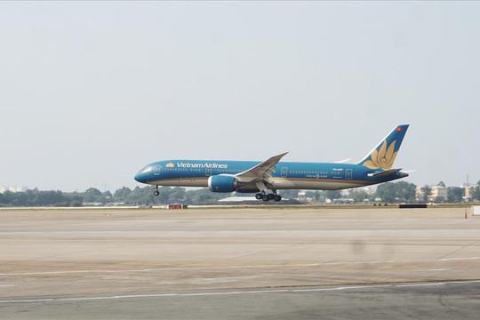 Khánh thành 2 đường băng hơn 4.000 tỉ ở sân bay Tân Sơn Nhất và Nội Bài