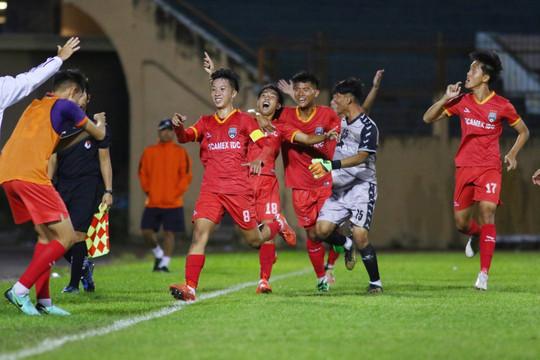 Khai mạc vòng loại giải bóng đá U.19: Viettel thua sốc, HAGL bị cầm hòa