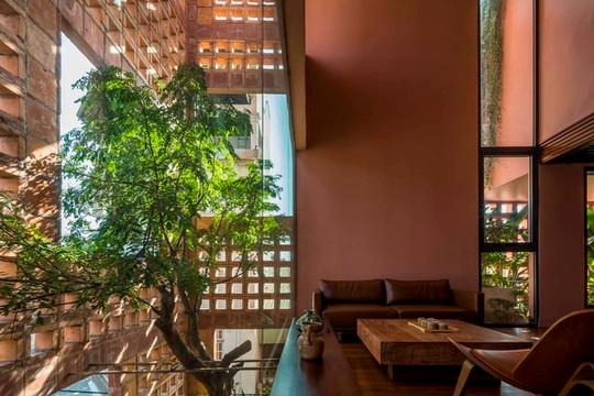 Nhà Bát Tràng đoạt giải Best New Private House của Design Awards 2021