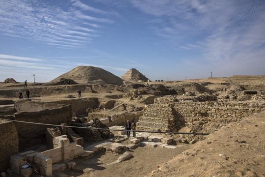 Ai Cập phát hiện đền thờ hơn 4.000 năm tuổi ở nghĩa trang Saqqara